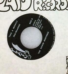"Rare Funk 45 THE KICKIN MUSTANGS""Kickin"" PLATO company sleeve! plays great HEAR!"