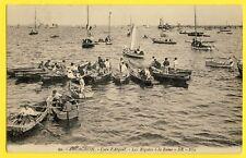 cpa Rare ARCACHON vers 1910 (Gironde) Course de Bateaux RÉGATE à la RAME Animés