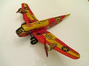 MAR TOYS WINDUP ARMY FLYING FORTRESS 2095 TIN AIRPLANE