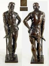 Bergmann / Bronzeskulptur signiert P / Gießerstempel W.Füssel Berlin / H 46 cm