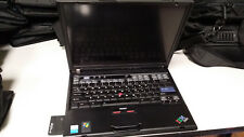 Black IBM ThinkPad T40 2373-EU3 Linux Laptop with Wireless Network Card