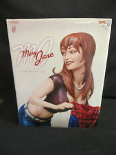 SIDESHOW COLLECTIBLES MARY JANE COMIQUETTE ADAM HUGHES EXCELLENT