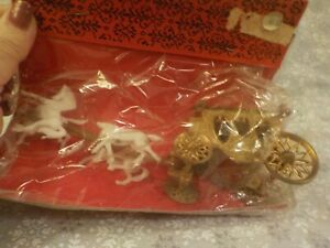 Vintage Cinderella Horse and Carriage Coach Cake Topper Gold & White - SEALED