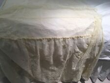 Half Bed Lace Cover Gorgeous