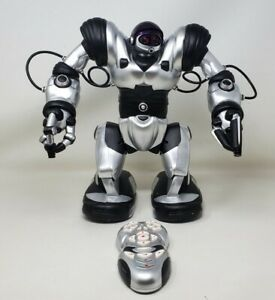 """WowWee Robosapien Humanoid 14"""" Toy Robot 2004 With Remote Control Tested Works"""