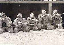 THE GASHOUSE GANG CLASSIC TAKING AIM AT THE FIELD OF PLAY DIZZY DEAN AND  GANG
