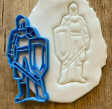 Knight cookie/ biscuit cutter, decorating ideas, castle, middle ages, baking,