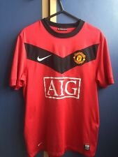 MANCHESTER UNITED RED FOOTBALL SHIRT Size S