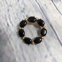 Goldtone Black Stone Round Brooch Pin / Estate Fashion Jewelry