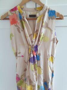 Adolfo Dominguez dress. US 6. EUR 40.