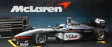 1:24 McLaren Mercedes MP4-14 Mika Hakkinen with Diorama -Mattel Hot Wheels 24522