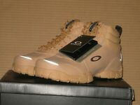 Oakley Outdoor Military Combat Boot    Tan    Size: 8.5