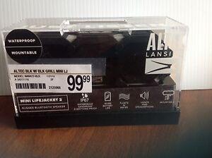 Altec Lansing IMW477 Mini LifeJacket 2 Rugged Bluetooth Speaker Black/White