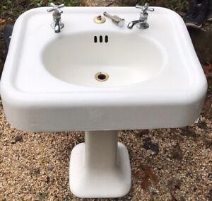 Antique Sink 1925 Cast Iron Porcelain White Pedestal Rustic Bathroom Farmhouse