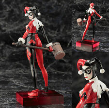 DC Universe - Harley Quinn PVC Statue