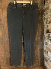 Lee jeans 18 W medium Dark Wash classic fit at the waist