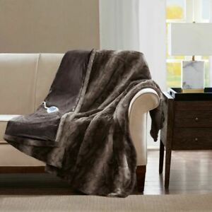 "Luxury Oversized Heated Reversible Faux Fur Throw - 50"" x 70"" - 3 Settings"
