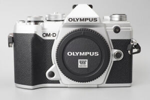 *BRAND NEW* Olympus OM-D E-M5 Mark III Camera (Silver) Body EM5 *NO LENS*