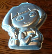 Wilton DORA THE EXPLORER Cake Pan Mold Tin 2105-6305 Nick Jr. 2010 EUC
