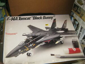 """F-14A Tomcat """"Black Bunny"""" by Testors in 1/48 scale from 1989"""