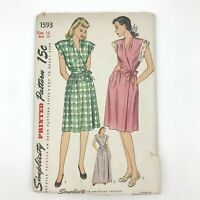 Vintage 1940s Simplicity Sewing Pattern 1593 House Dress Housecoat or Robe PT
