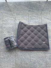 NEU PS Of Sweden Schabracke Bandagen Set Velvet Grey Grau WB DL Dressur Full