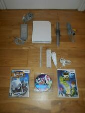 NINTENDO Wii CONSOLE ALL LEADS & 3 GAMES JUST DANCE BUNDLE CONTROLLER & NUNCHUK