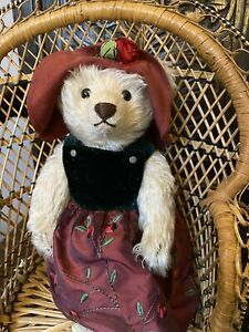 Vintage Steiff Teddy Bear With Original Label. 028601. Excellent Condition
