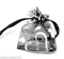 3 sachets en organza noir décor coeurs argentés 9 x 7 cm