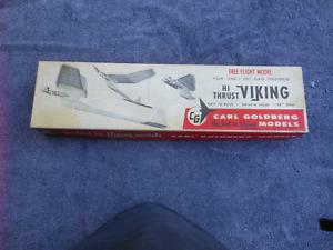 "Carl Goldberg ""Hi-Thrust Viking"" F/F Classic Balsa Model Airplane Kit Vintage"