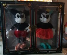 Rare Limited Release Mickey & Minnie Mouse Collectable Plush Dolls. Disney Parks