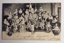 CPA. 1904. BÉBÉS MULTIPLES. Noir et Blanc. Orchestre. Musique. Instruments Vent