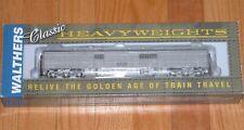 WALTHERS 932-10527 HEAVYWEIGHT BAGGAGE CAR MAINTENANCE OF WAY SANTA FE ATSF 1900