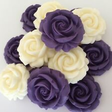 12 Viola Rose Avorio Fiori Pasta Di Zucchero Commestibili CUP CAKE DECORAZIONI Topper