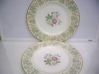 2 WEDGWOOD BONE CHINA ''WILDFLOWER'' DINNER PLATES #WD3985  10 5/8 '' ENGLAND
