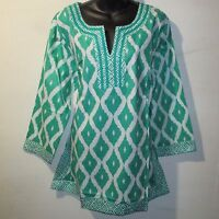Top 1X Plus Long Tunic White Green Geometric Print V-Neck Cotton NWT 0166
