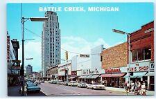 Battle Creek Michigan Main Street View JC Penny Walgreens Postcard D74