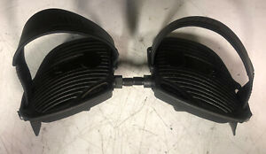 Life Fitness Life Cycle 9500HR  Pair Of Pedals