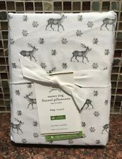 Pottery Barn Set of 2 Snowy Stag Gray & White King Flannel Pillowcases - New