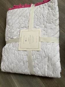 Pottery Barn Kids Organic Pom Pom toddler quilt crib nursery, White/pink