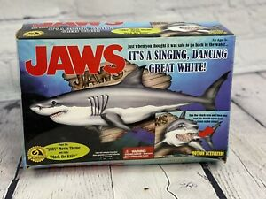 Gemmy Jaws Great White Shark Motion Activated Singing Dancing Great White New