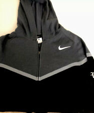 Pull Nike Federer Taille L Porté , bon Etat.  40%nylon ,30% viscose 30% Laine