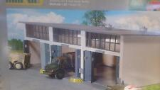 * Herpa Military 745802 Building Set 3-stall repair facility 1:87 HO Scale