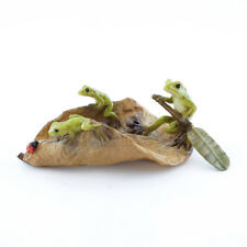 Miniature Dollhouse FAIRY GARDEN - Three Frogs Rowing Leaf Boat - Accessories