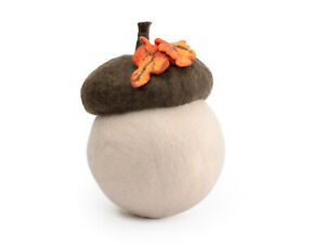 Felted acorn hat with leaf, woodland prop for newborn baby shoots or photo booth