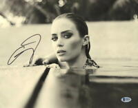 HOT SEXY EMILY BLUNT SIGNED 11X14 PHOTO AUTHENTIC AUTOGRAPH BECKETT COA A