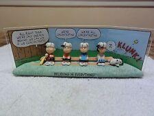 "Peanuts Hallmark Snoopy Charlie Brown "" The Winning Team "" With Box"