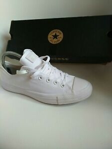 Converse mens trainers Size 8 all white authentic 100% limited