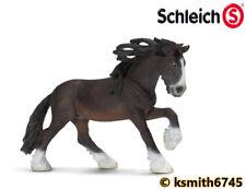 Schleich Clydesdale Potro de plástico sólido Juguete Animal De Granja Mascota Macho Caballo Nuevo