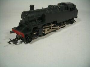 VINTAGE HO TRI-ANG HORNBY 2-6-2 Steam Locomotive